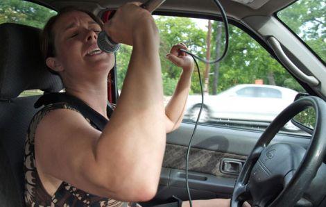 Hudba do auta
